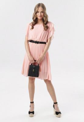 Różowa Sukienka Charmer