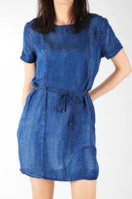 Sukienka Wrangler Shift Dress W9059LY8E