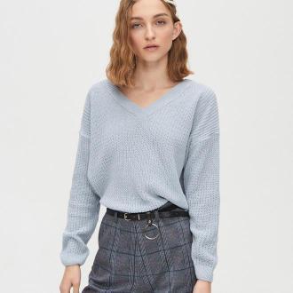 Cropp - Sweter z dekoltem w serek - Niebieski