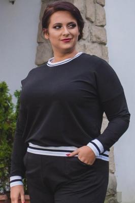 Bluzka dresowa z ozdobnym ściągaczem plus size OKTAWIA czarna PROMOCJA