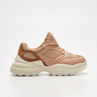 Cropp - Sneakersy z ozdobną siateczką - Beżowy