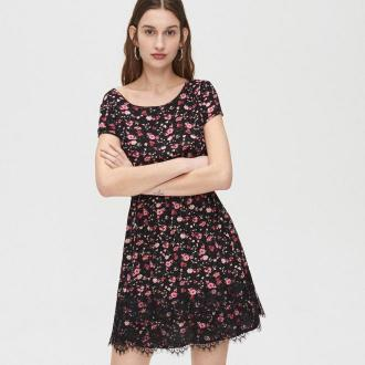Cropp - Sukienka mini z kwiatowym wzorem - Czarny