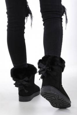 Czarne śniegowce mukluki z futerkiem wiązane wstążką emu Casu K-3A