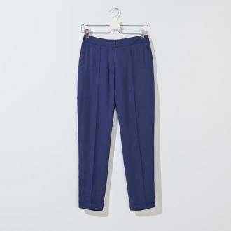 Mohito - Spodnie carrot fit z lyocellu Eco Aware - Niebieski