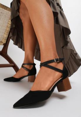 Czarne Sandały Delmadine