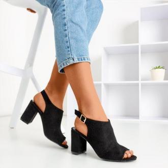 Czarne ażurowe sandały na wyższym słupku Solana - Obuwie