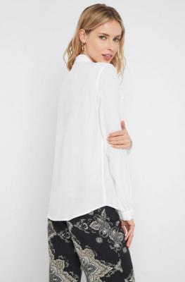 Luźna koszula z falbanami