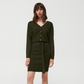 Mohito - Swetrowa sukienka z ozdobnymi guzikami - Khaki